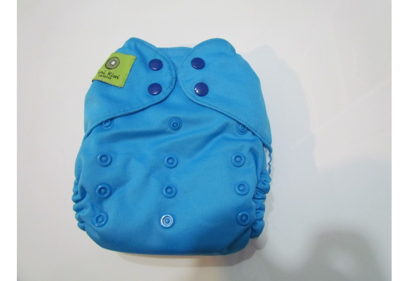 Couche Mini Kiwi à poche -bleu azur-snap- Peu utilisé