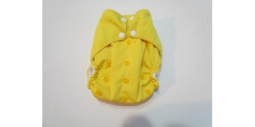 Couche à poche-jaune