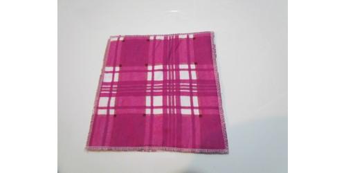 Lingette double épaisseur 8x8- La magie de Crystal- Carreaux rose