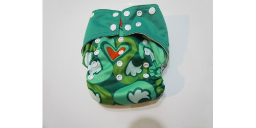 Couche à poche- Coeur vert