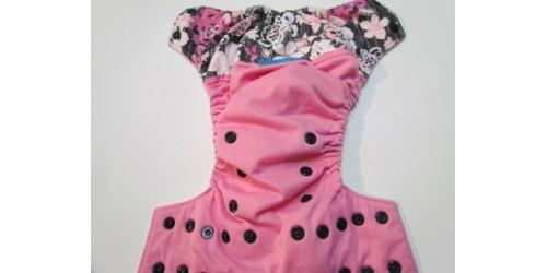 Couche EBB- Fleur- Wrap de coton- légère usure au niveau du wrap au dos